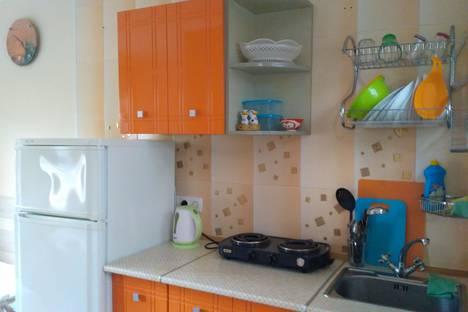 Сдается 1-комнатная квартира посуточно в Ялте, улица Теплая Балка 1.