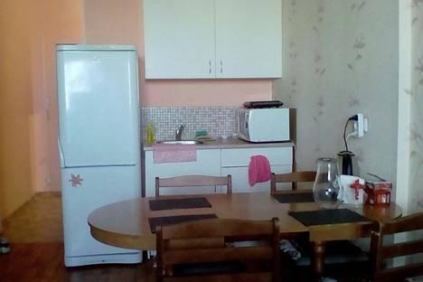 Сдается 1-комнатная квартира посуточнов Якутске, Жорницкого 44/2.
