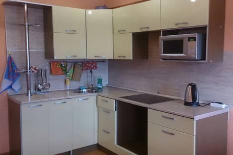 Сдается 2-комнатная квартира посуточнов Усолье-Сибирском, 84-й квартал дом 4.