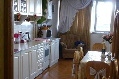 Сдается 1-комнатная квартира посуточно в Сочи, улица Островского, 47.