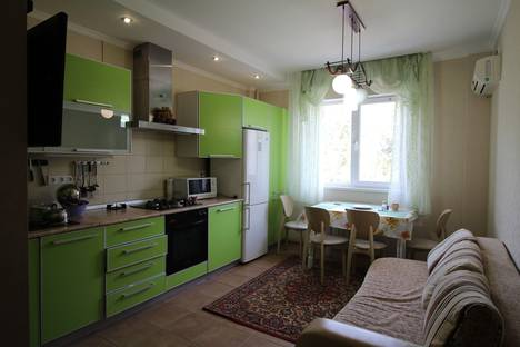 Сдается 2-комнатная квартира посуточно в Геленджике, Одесская улица 22.