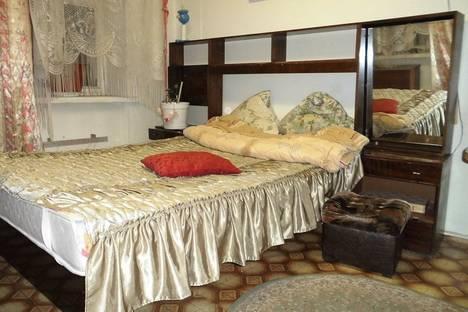 Сдается 1-комнатная квартира посуточно в Апатитах, улица Кирова 7.