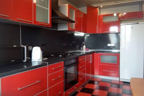 Сдается 1-комнатная квартира посуточнов Бору, улица Родионова дом 193к3.