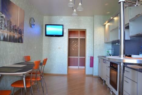Сдается 2-комнатная квартира посуточнов Ухте, улица Тиманская 11.