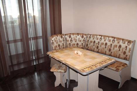 Сдается 1-комнатная квартира посуточнов Омске, улица Степанца, 3.