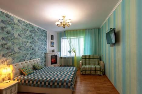 Сдается 2-комнатная квартира посуточно, улица Дмитриева, 5/4.