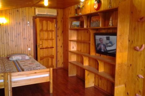 Сдается 2-комнатная квартира посуточно в Симеизе, Крым,Васильченко 6.