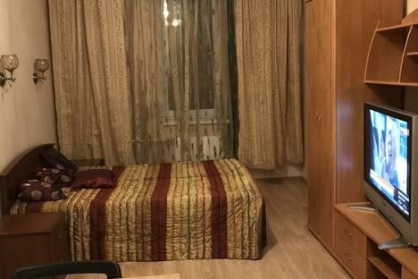 Сдается 1-комнатная квартира посуточнов Санкт-Петербурге, Пулковская улица дом 8 корпус 4.