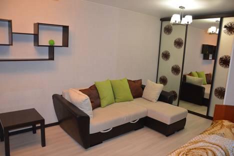 Сдается 1-комнатная квартира посуточно в Ухте, улица Тиманская 15.
