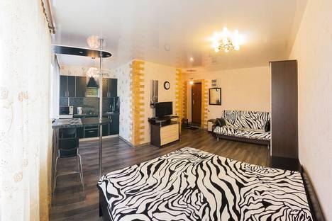 Сдается 1-комнатная квартира посуточно в Новосибирске, улица Ватутина, 35.