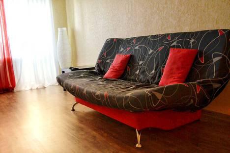 Сдается 1-комнатная квартира посуточнов Барнауле, Строителей проспект, 6.