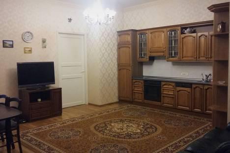 Сдается 4-комнатная квартира посуточно, Тучков переулок д.3.