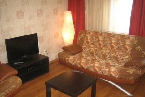 Сдается 1-комнатная квартира посуточно, улица Челюскинцев, 5.