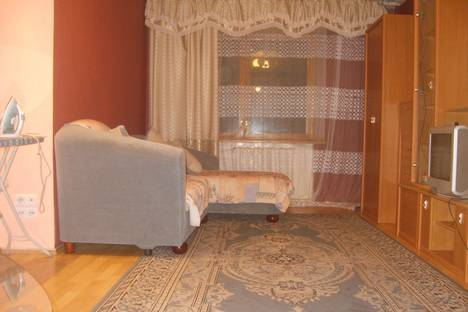 Сдается 2-комнатная квартира посуточно в Хабаровске, Вострицова 19.