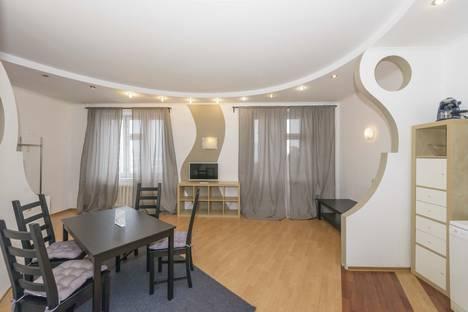 Сдается 1-комнатная квартира посуточно в Новосибирске, Галущака 1.