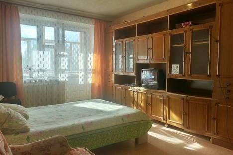 Сдается 2-комнатная квартира посуточно, Гончарова 42.