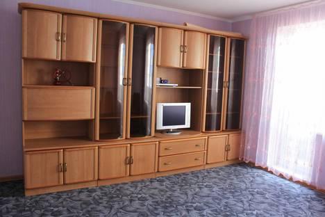 Сдается 3-комнатная квартира посуточно в Магнитогорске, Жукова 27.