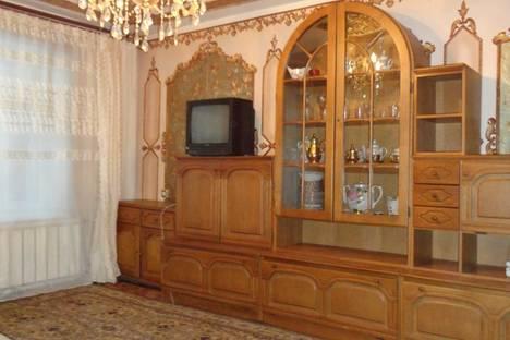 Сдается 2-комнатная квартира посуточно в Орле, 8  марта 19.