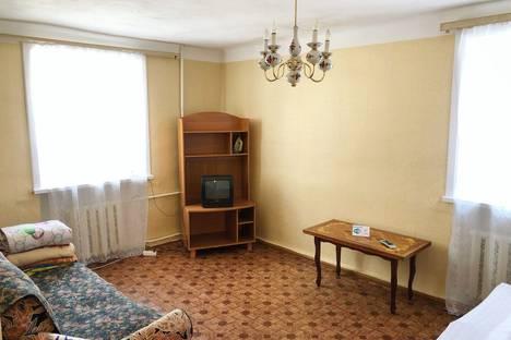 Сдается 1-комнатная квартира посуточно, Свердлова, 3.