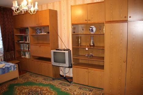Сдается 2-комнатная квартира посуточно в Ухте, улица Чибьюская, 5а.