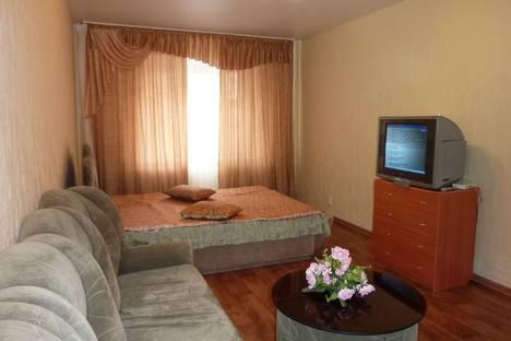Сдается 1-комнатная квартира посуточнов Кирове, Советская ул., 86.