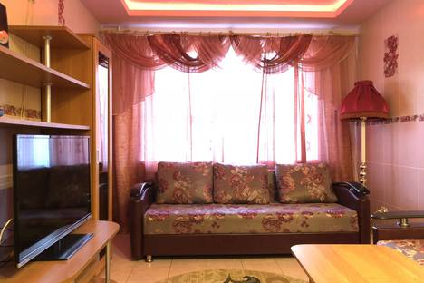 Сдается 2-комнатная квартира посуточно в Иванове, проспект Строителей, 30В.