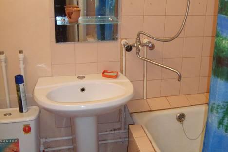 Сдается 1-комнатная квартира посуточно в Кургане, Ленина 48.