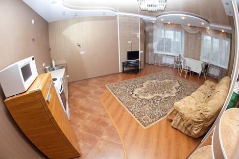 Сдается 2-комнатная квартира посуточнов Сургуте, 30 лет Победы 44/4.