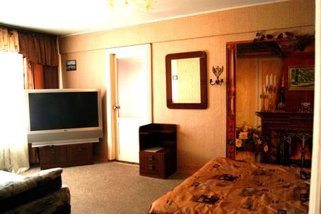Сдается 2-комнатная квартира посуточно в Пскове, Pskov, Вокзальная улица, 46.