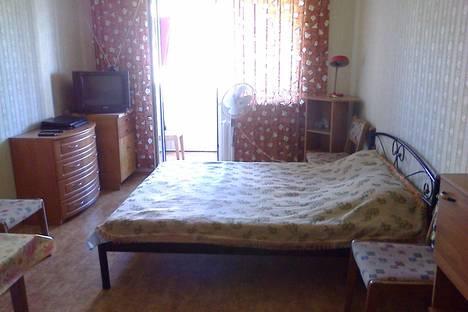 Сдается 2-комнатная квартира посуточно в Партените, ул.Парковая 6.