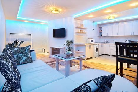 Сдается 3-комнатная квартира посуточно в Минске, улица Сторожевская 8.