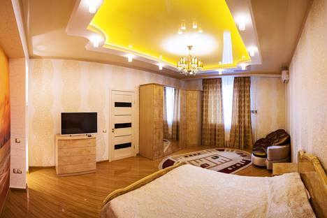 Сдается 2-комнатная квартира посуточно, улица Крымская, 34, центр Анапы.