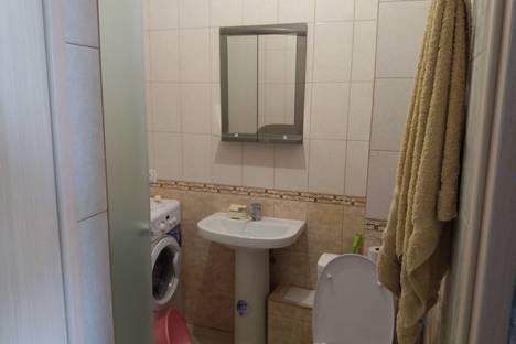 Сдается 1-комнатная квартира посуточно в Ессентуках, улица Нелюбина 25/1.