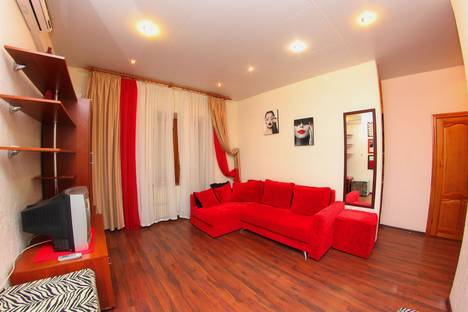 Сдается 1-комнатная квартира посуточнов Воронеже, улица Куколкина, 33.