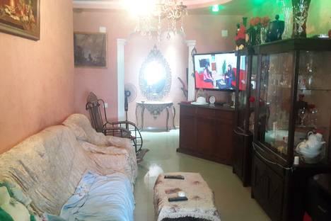 Сдается 4-комнатная квартира посуточнов Кобулети, улица лермонтова 101.