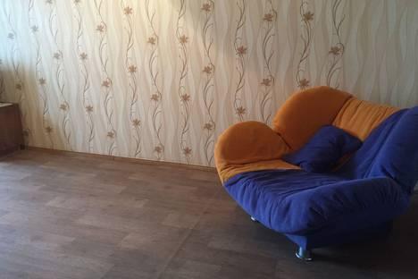 Сдается 2-комнатная квартира посуточно в Челябинске, улица 3-го Интернационала 63 а.