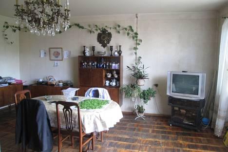 Сдается 2-комнатная квартира посуточно в Днепре, проспект Пушкина 25.