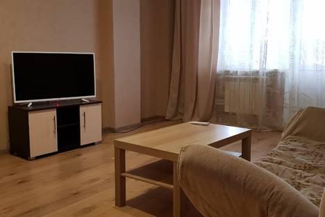 Сдается 1-комнатная квартира посуточно в Майкопе, улица Чкалова, 65.