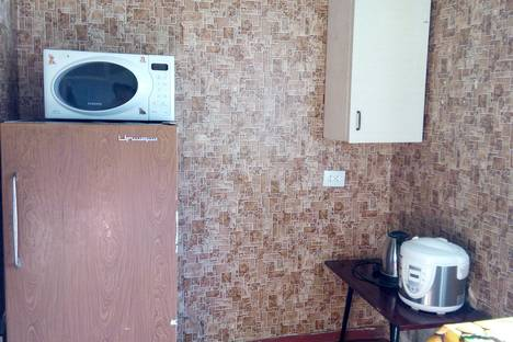 Сдается 1-комнатная квартира посуточнов Бердянске, Миллитопольское шоссе, 9.