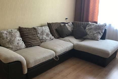 Сдается 3-комнатная квартира посуточно в Балакове, улица Свердлова, 31.
