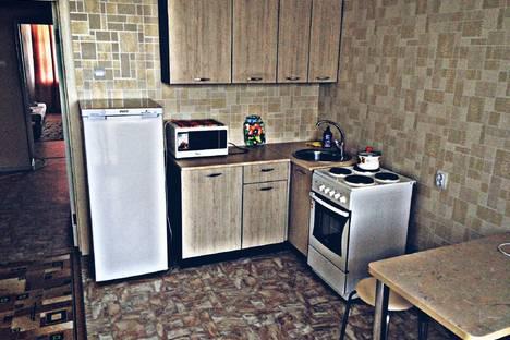Сдается 1-комнатная квартира посуточно в Благовещенске, Октябрьская 221.