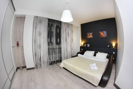 Сдается 3-комнатная квартира посуточно в Алматы, улица Навои 62.