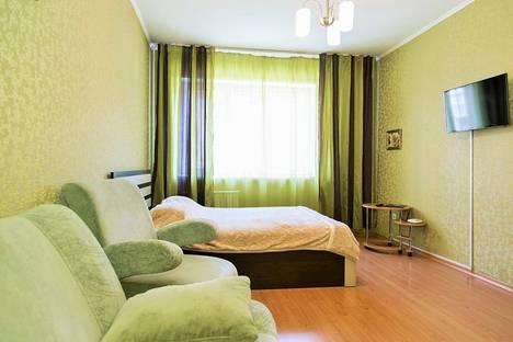 Сдается 1-комнатная квартира посуточно, улица Авиаторов, 25.