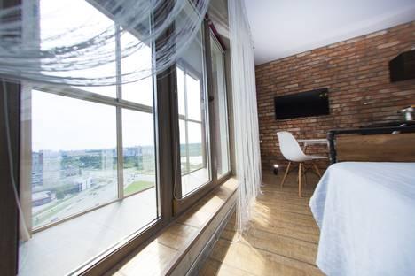 Сдается 1-комнатная квартира посуточно в Челябинске, улица Молодогвардейцев, 76.