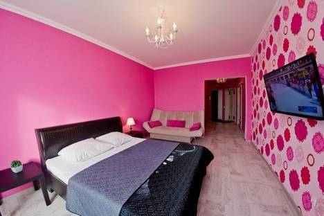 Сдается 1-комнатная квартира посуточнов Оренбурге, улица Донецкая, 2/1.