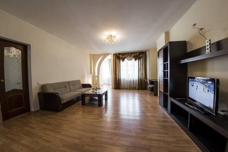 Сдается 1-комнатная квартира посуточно в Оренбурге, улица Терешковой, 77/2.