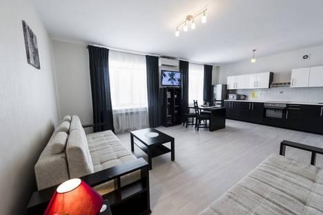 Сдается 2-комнатная квартира посуточно в Оренбурге, улица Орджоникидзе, 86.