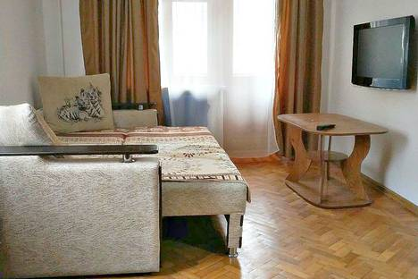 Сдается 1-комнатная квартира посуточно в Ростове-на-Дону, улица Мечникова, 128.