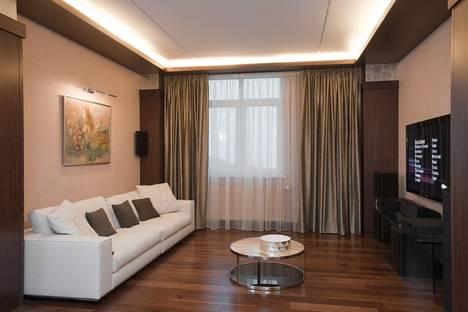 Сдается 2-комнатная квартира посуточно в Борисове, улица Гагарина.