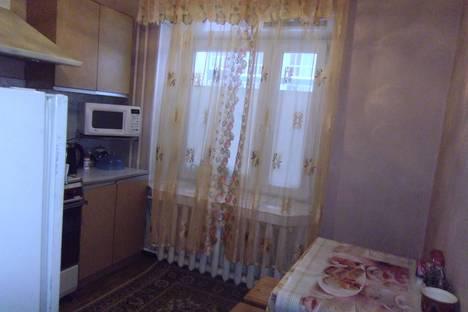 Сдается 1-комнатная квартира посуточнов Надыме, Заводская улица, 5.